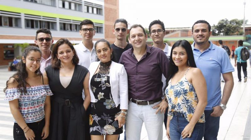 Docentes y estudiantes UTS presentes en Encuentro Nacional e Internacional de Semilleros